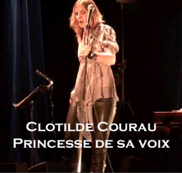 Video-interview-clotilde-courau-princesse-de-sa-voix-blog-planche-com