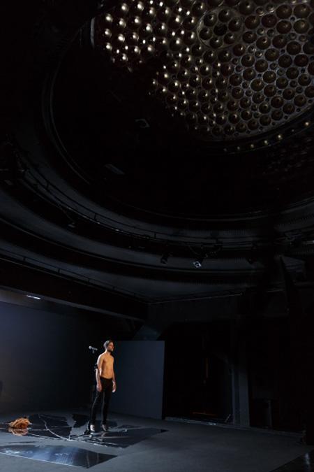 740-3Sauver-la-peau-theatre-la-parizienne