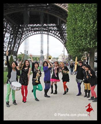 Tokyo-Brass-Style-ChampsdeMars-Paris-LaPariZienne-Planche-com